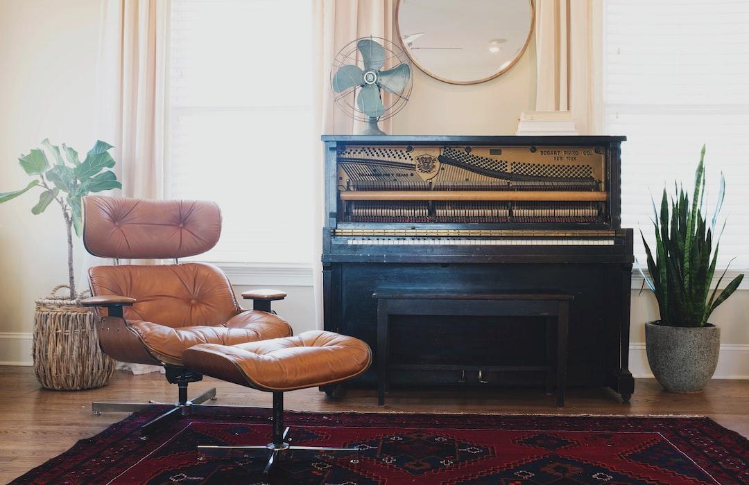 Cozy Pianist S Room Hd Photo By Lauren Mancke