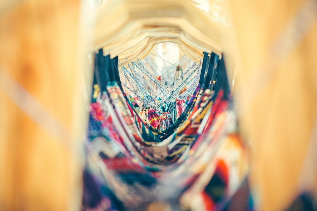 500+ Clothes Hanger Pictures | Download Free Images on Unsplash