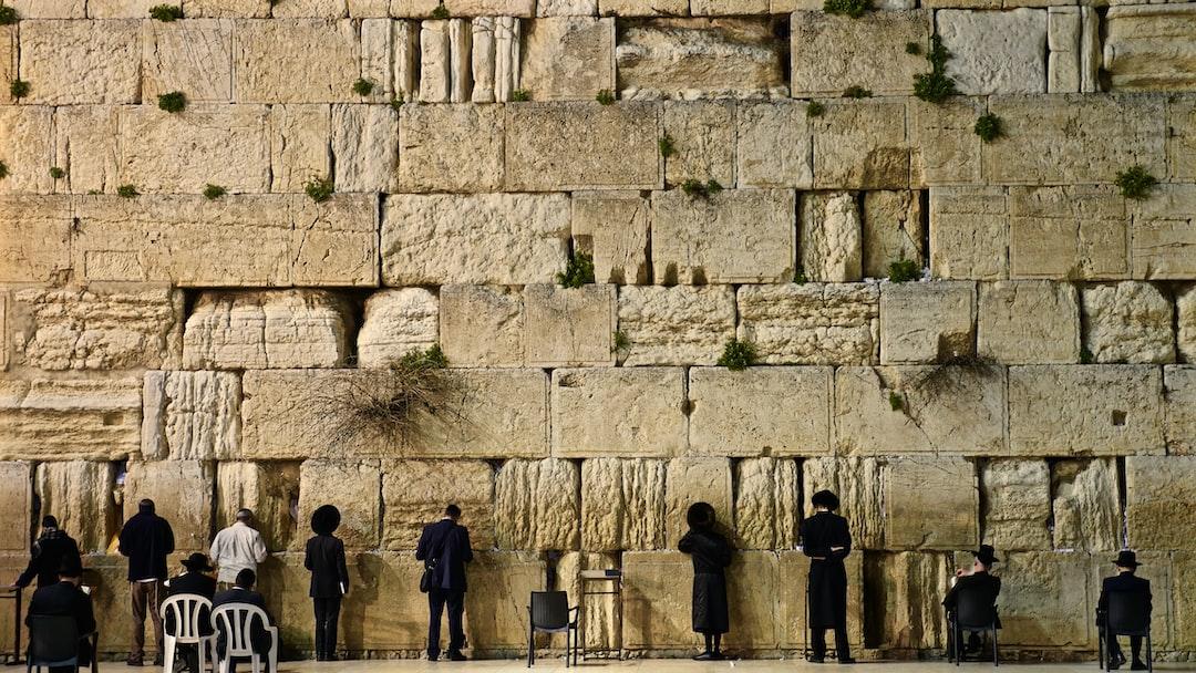 photo 1494268553136 2b60544555c6?ixlib=rb 0.3 - Иерусалим – тысячелетняя история человечества