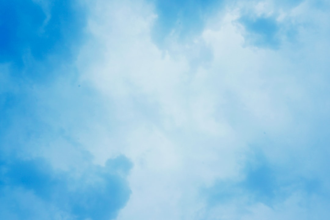 Blue Sky Photo By W (@ewxy) On Unsplash