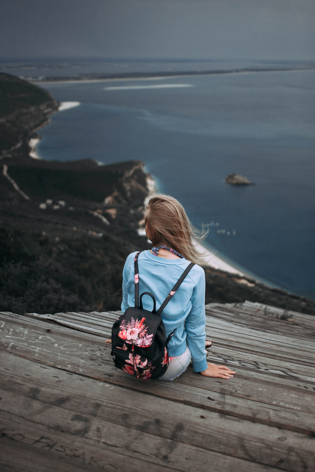 500+ Lonely Girl Pictures | Download Free Images on Unsplash