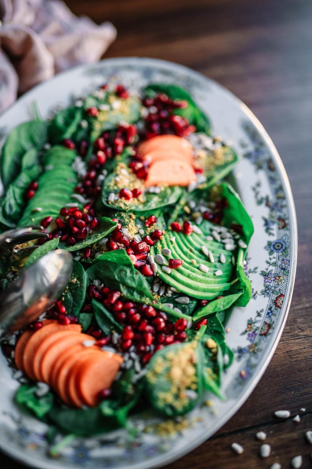 Fall salad photo by edgar castrejon edgarraw on unsplash for Verena hoflehner