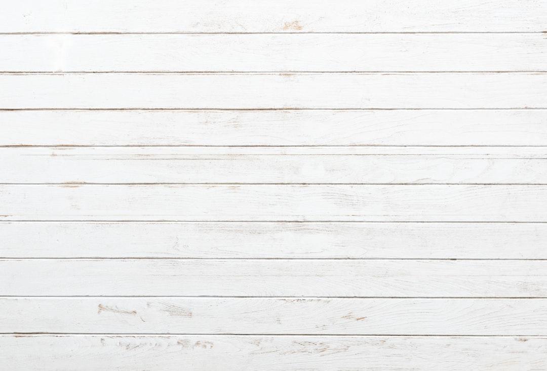 white wood pictures download free images on unsplash. Black Bedroom Furniture Sets. Home Design Ideas