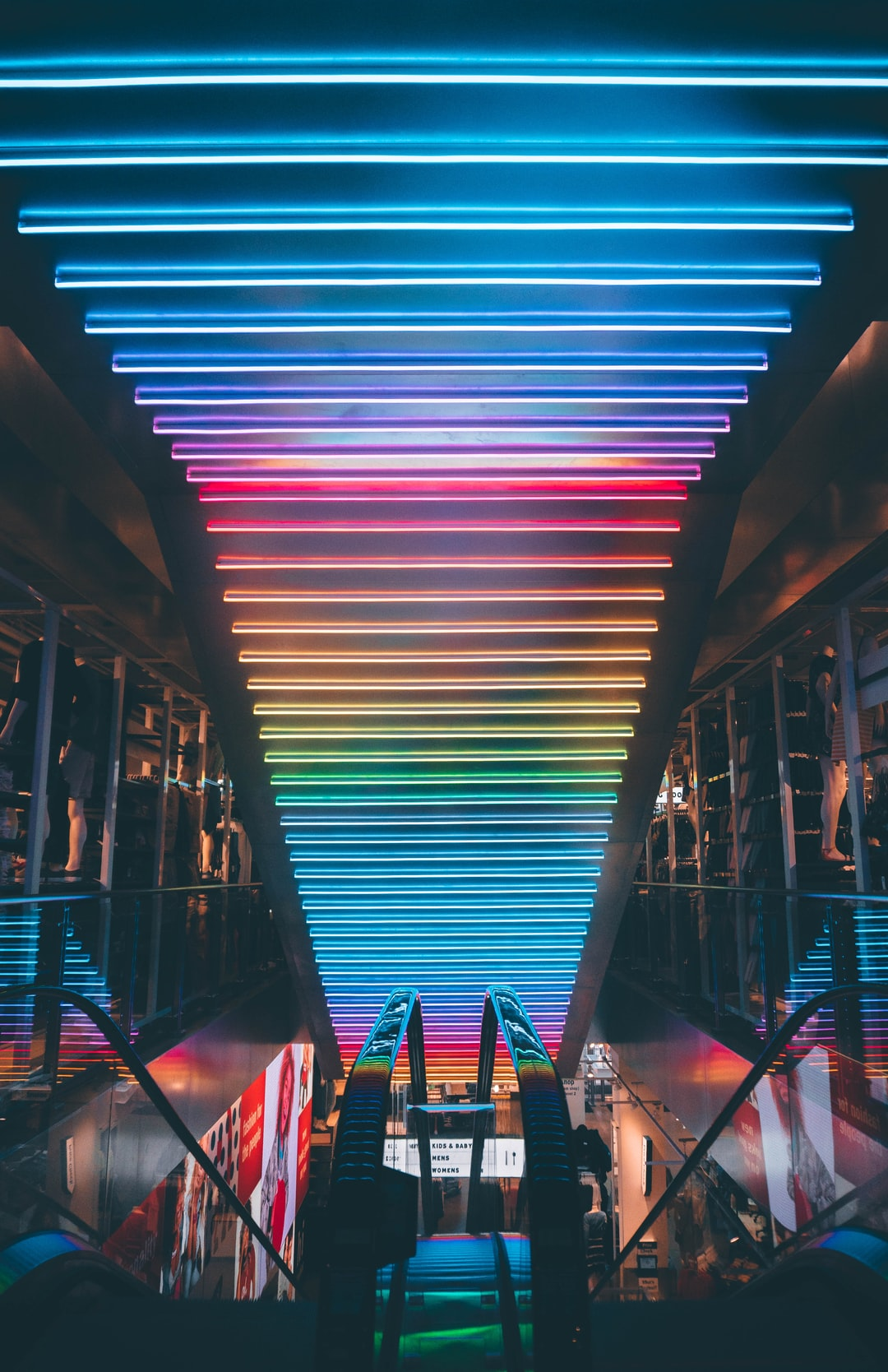 500+ Neon Light Pictures | Download Free Images on Unsplash