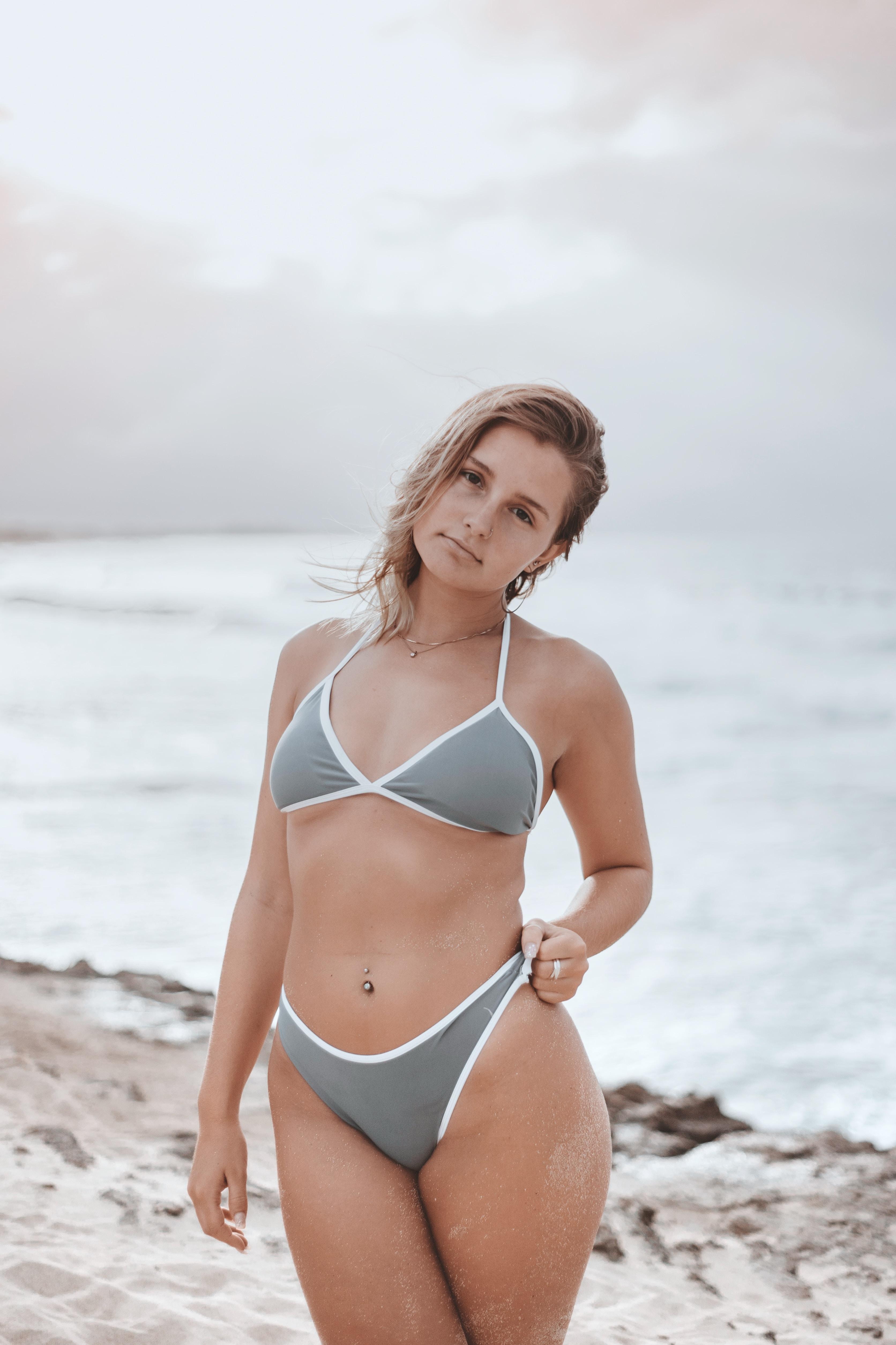 Skimpy bikini wallpaper