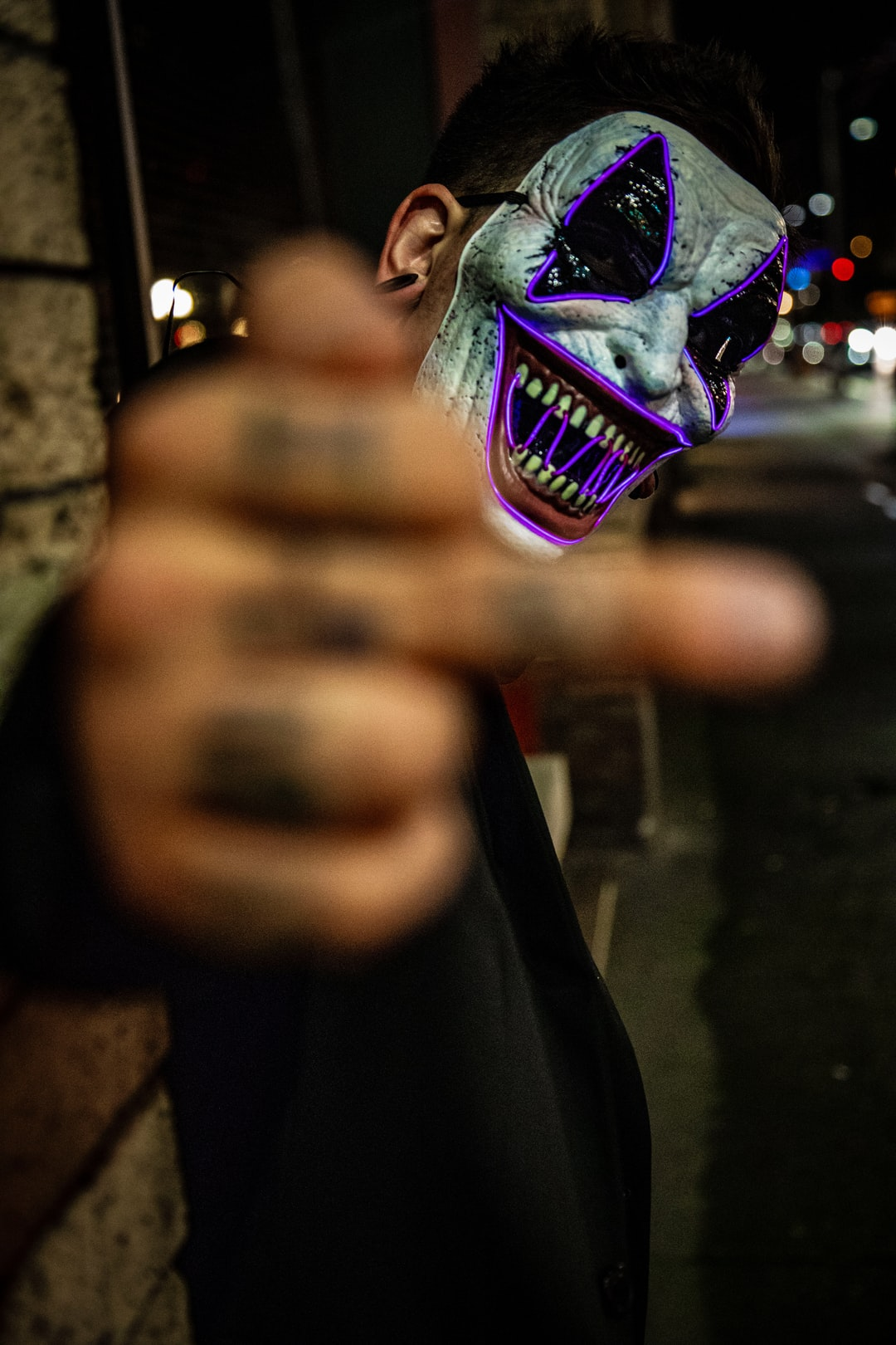 500+ Neon Mask Pictures | Download Free Images on Unsplash