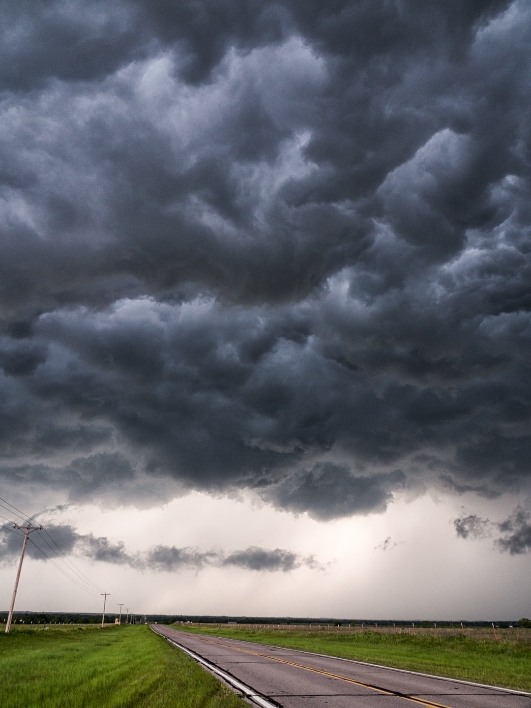 9 Extraordinary Weather Events Caught on Camera | Readers