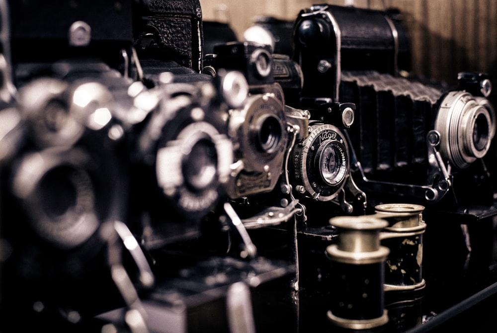 shallow focus phot of vintage camera