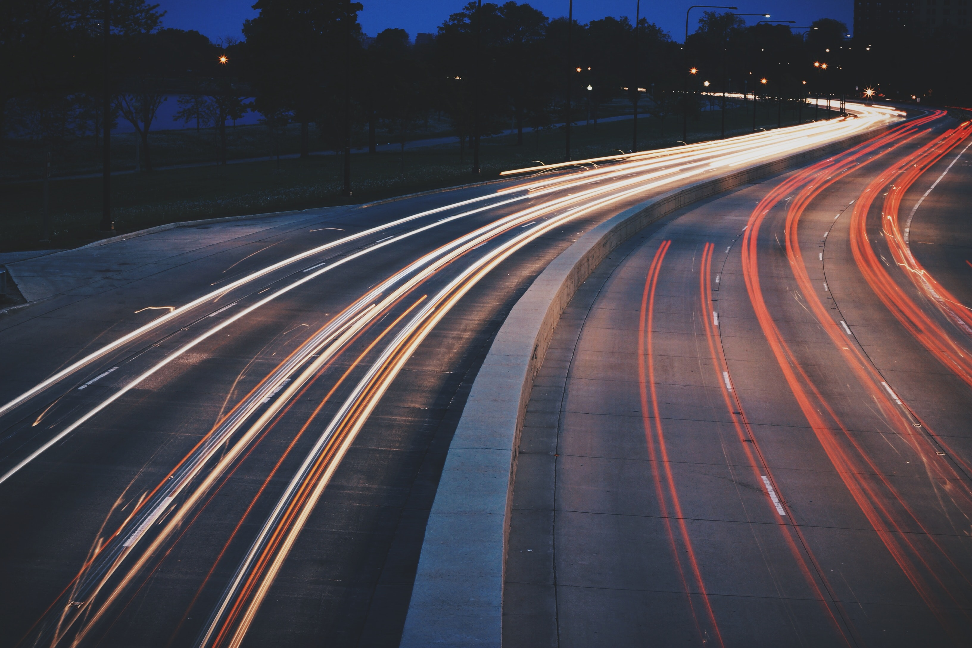 Best 500 Traffic Pictures Download Free Images Stock Photos On Unsplash