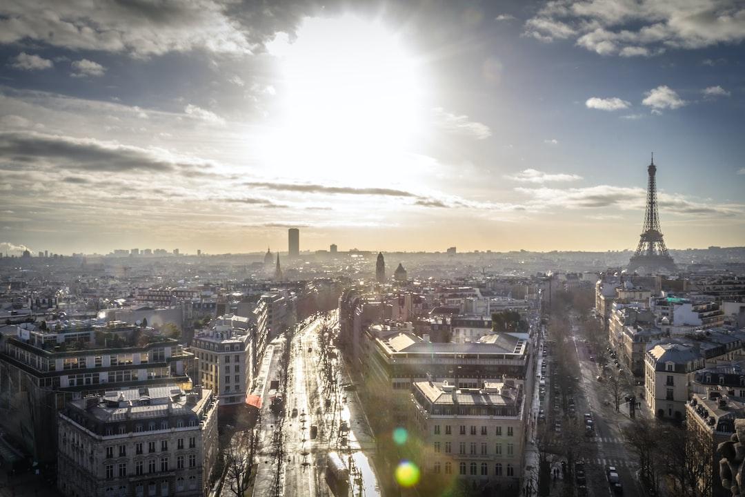Sunny Paris skyline
