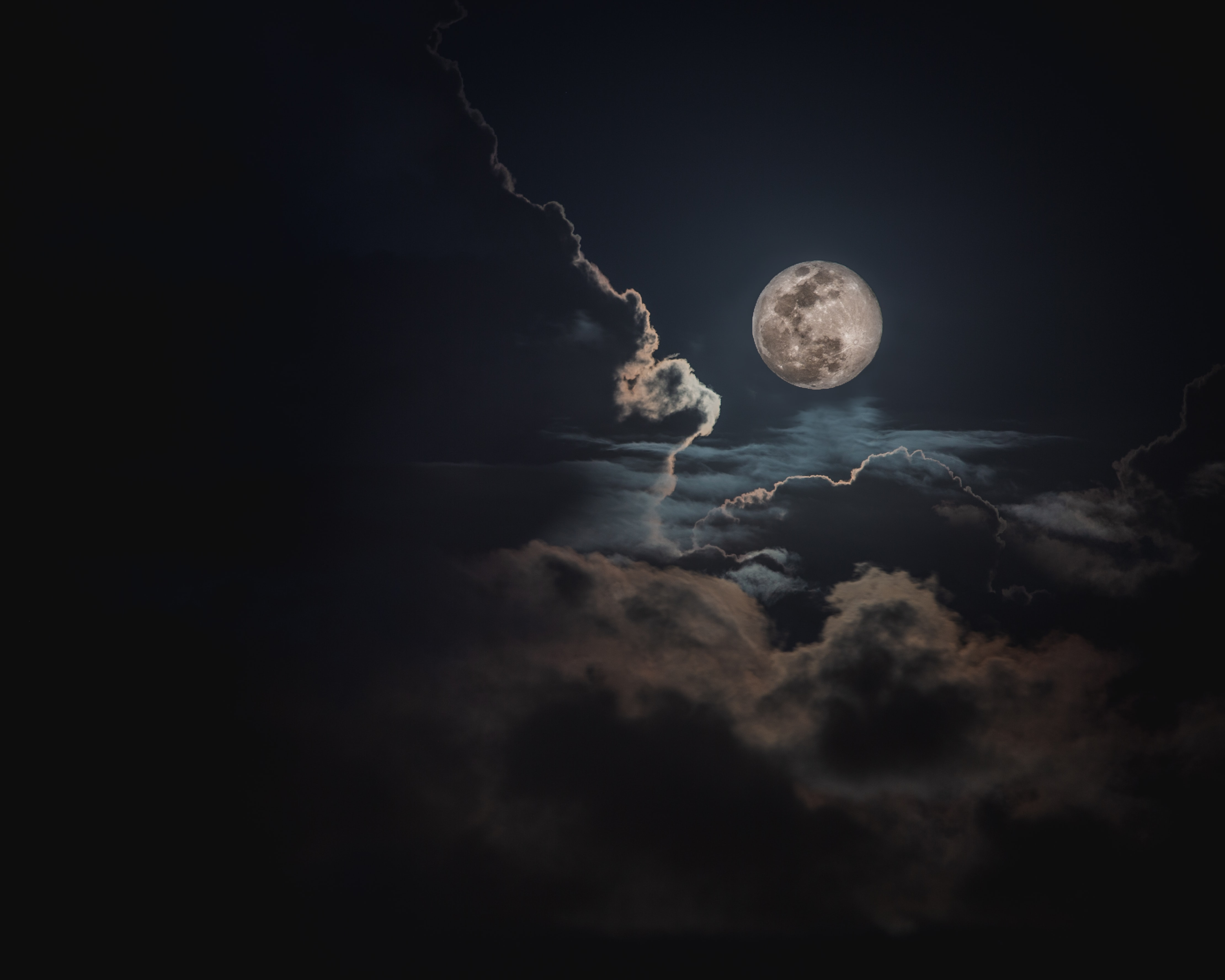 100 Man On The Moon Pictures Download Free Images On Unsplash