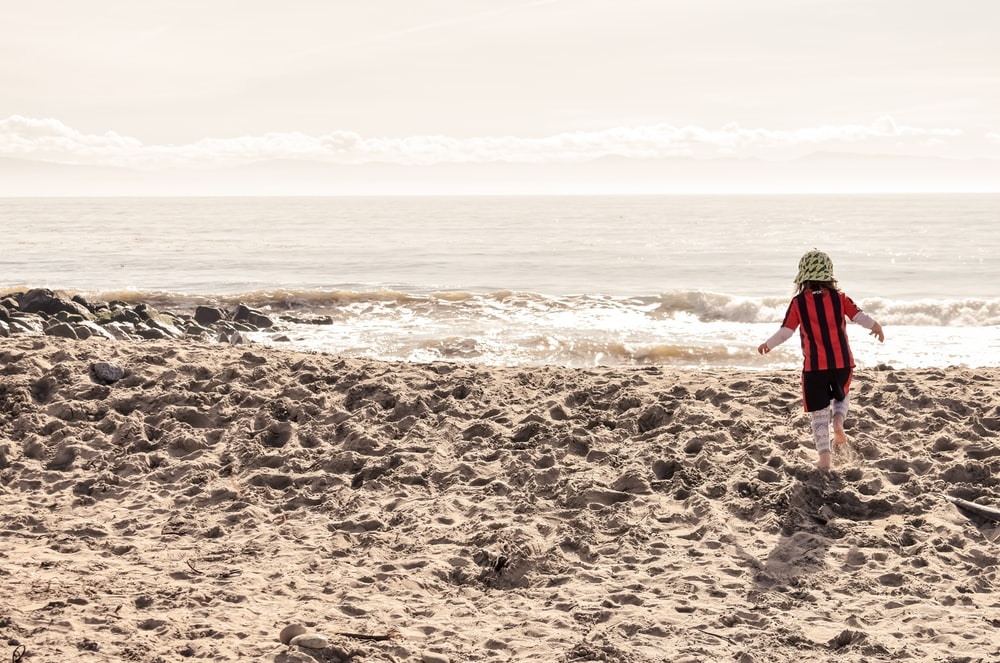 children running on shore