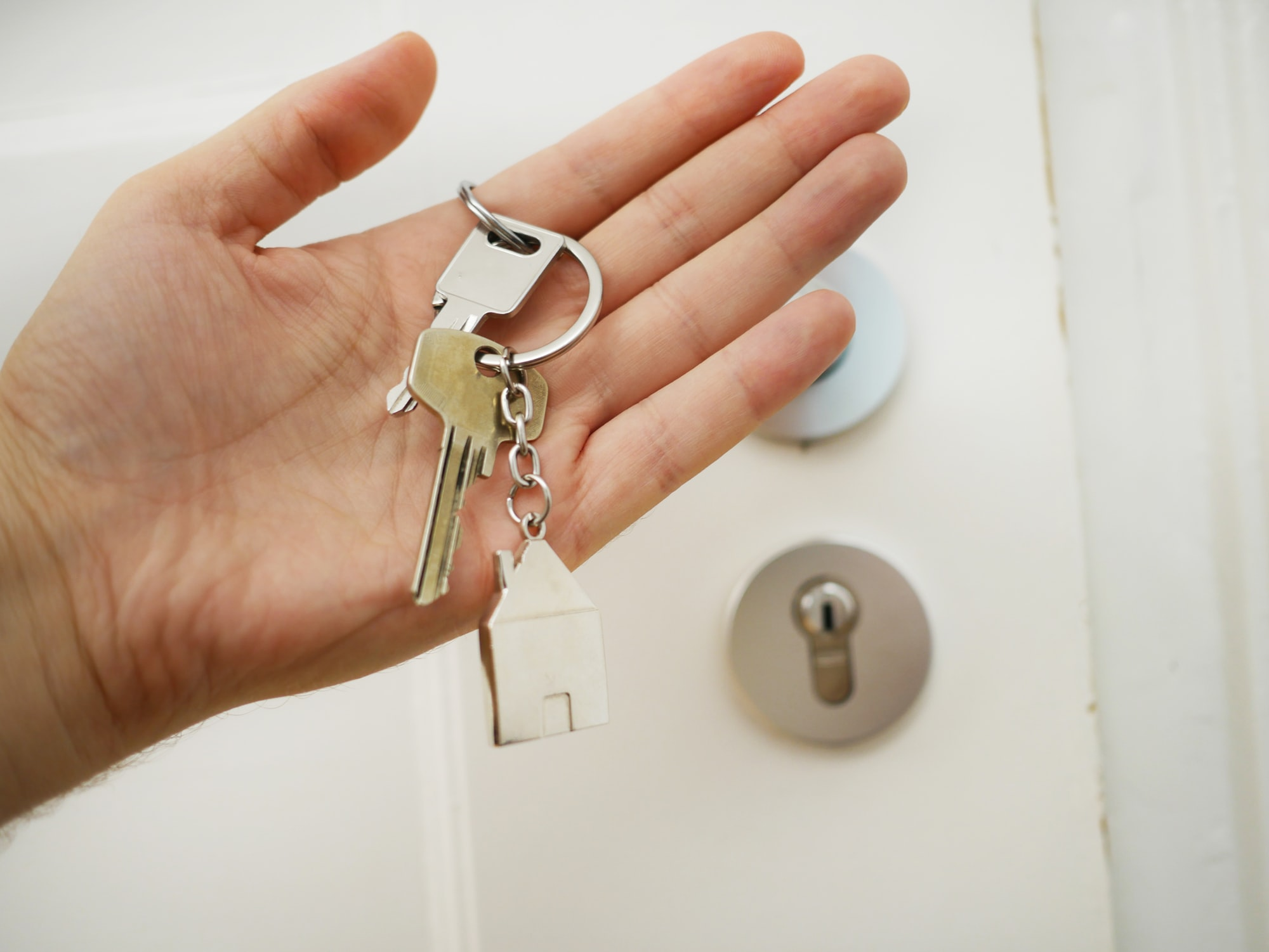 Why more homebuyers are waiving inspections