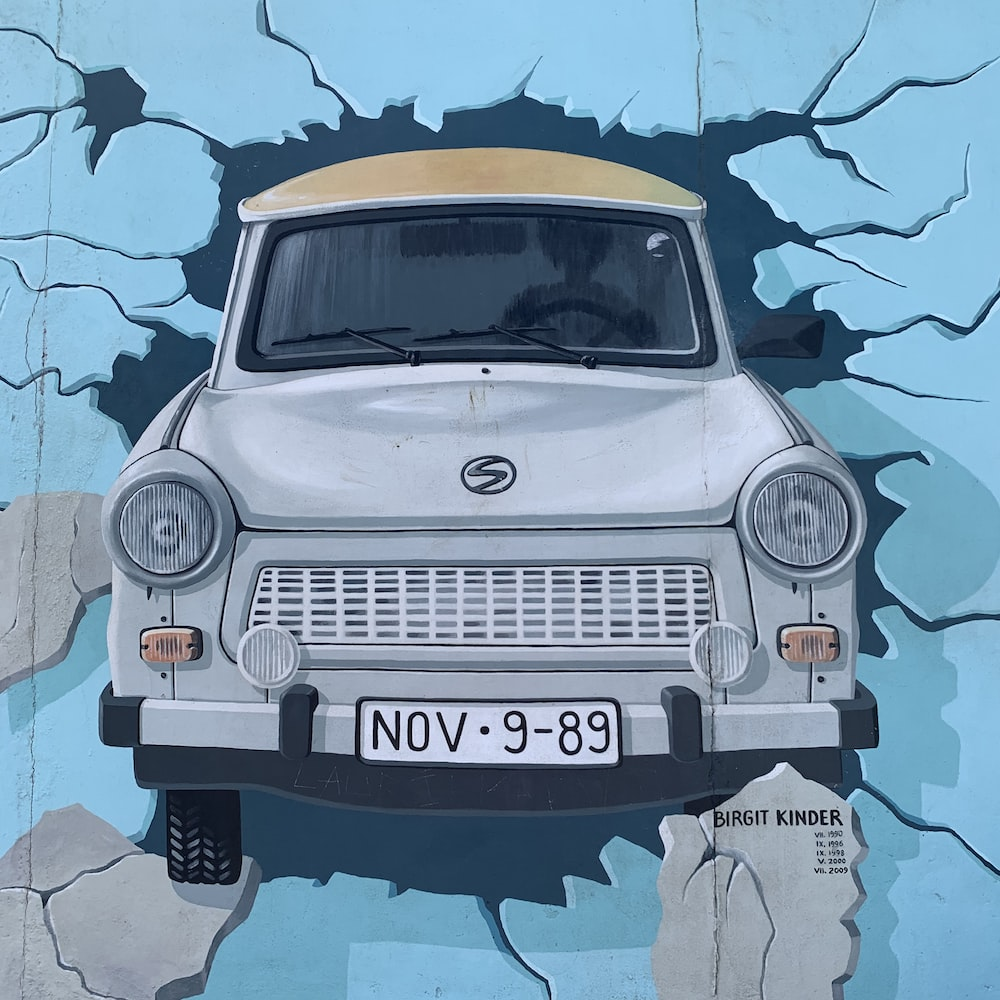 white car artwork