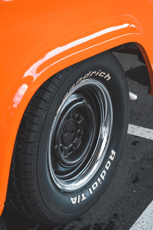タイヤローテーションの賢いやり方