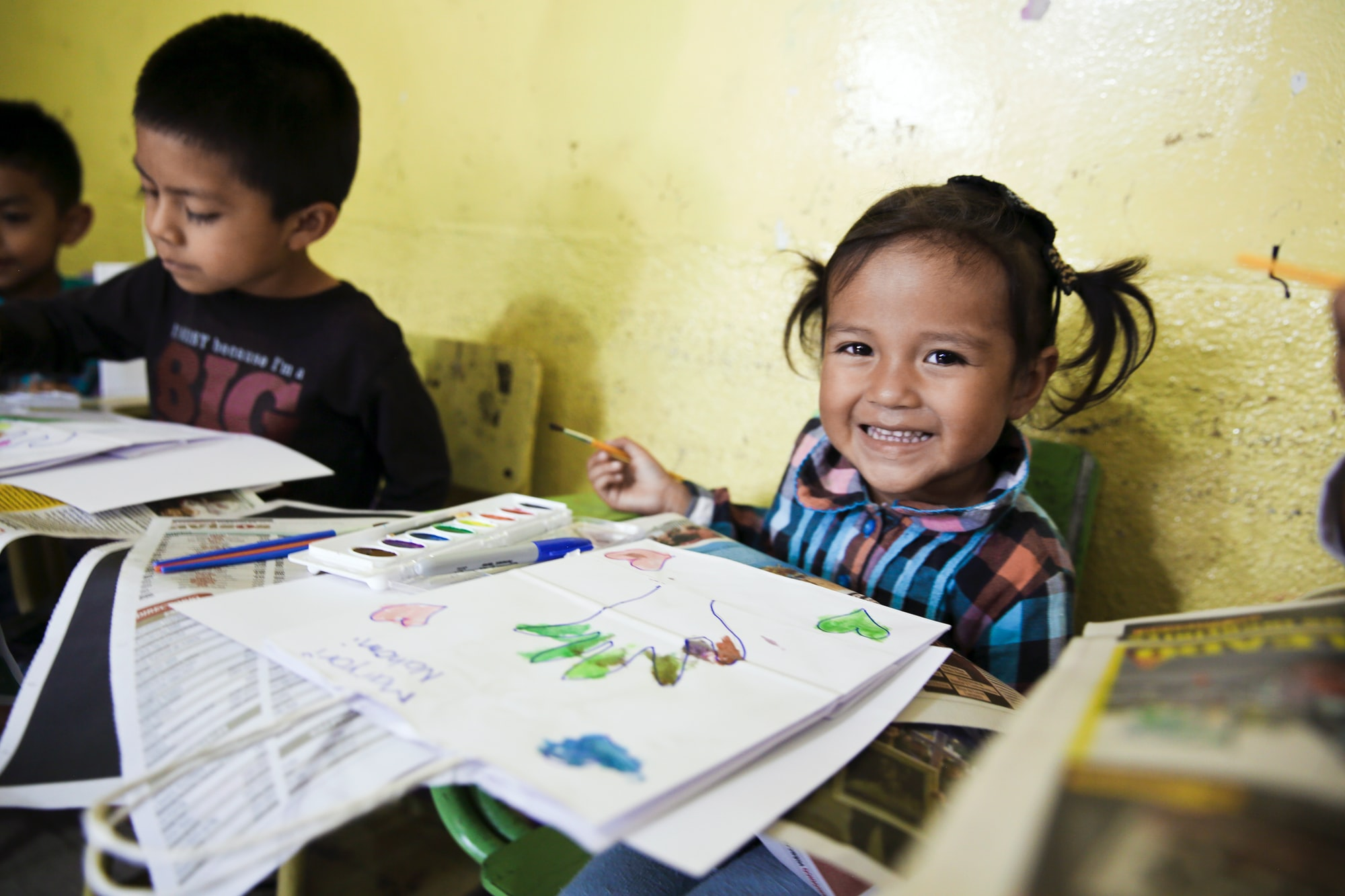 Reasons to use the local languages in classes for an effective elementary education