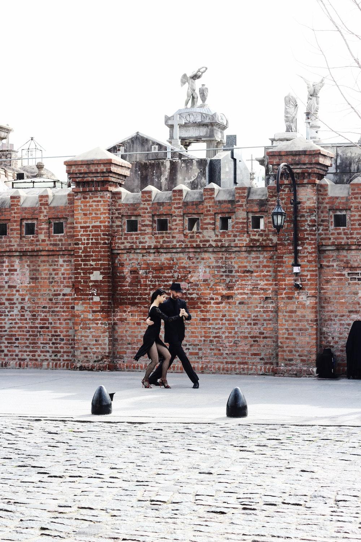couple dancing photograph