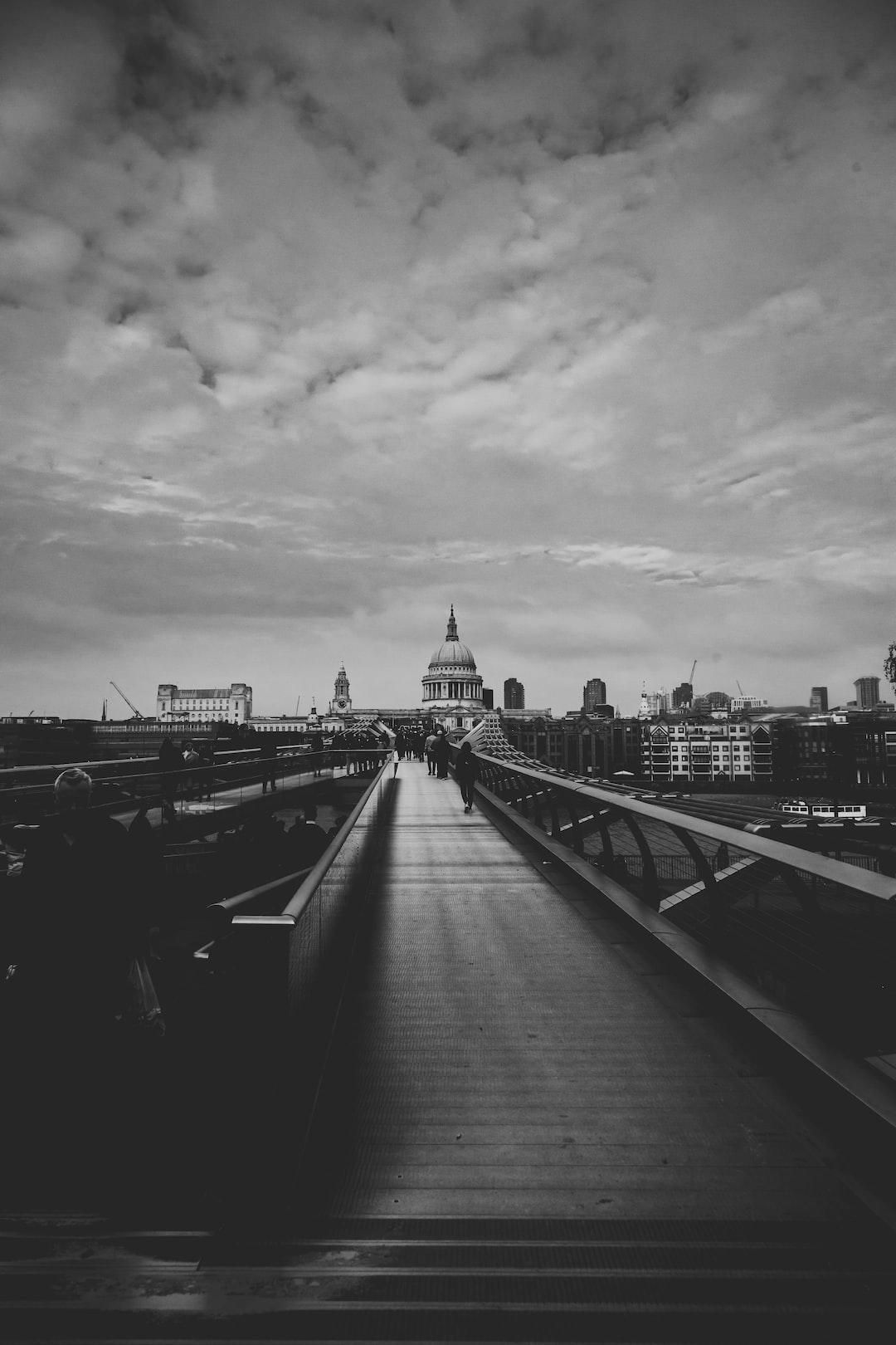 Vision of Millennium Bridge, London .