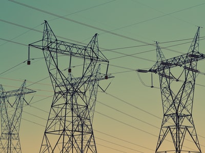 Covid, le molte lezioni che vengono dall'evoluzione dei consumi elettrici