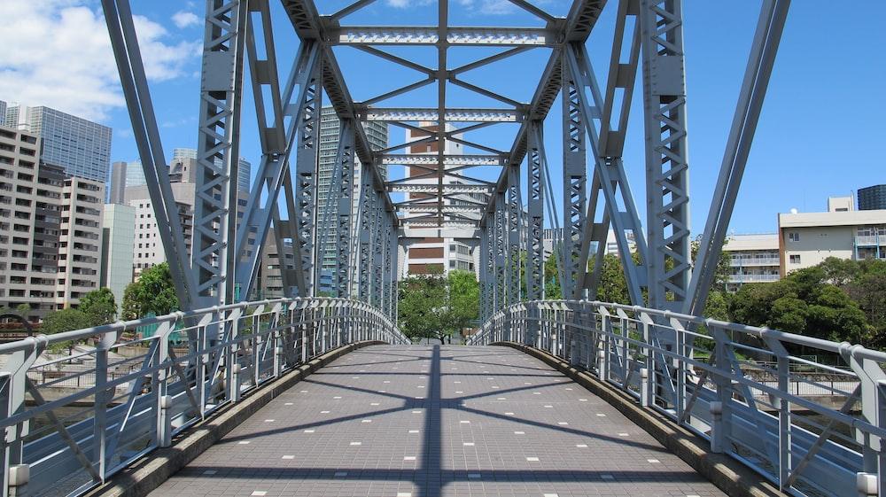 grey suspension bridge