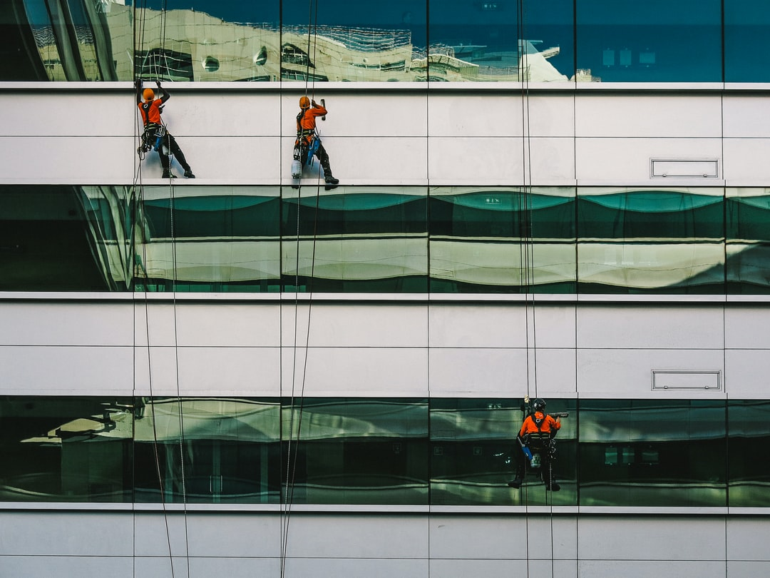 window cleaners in lisboa