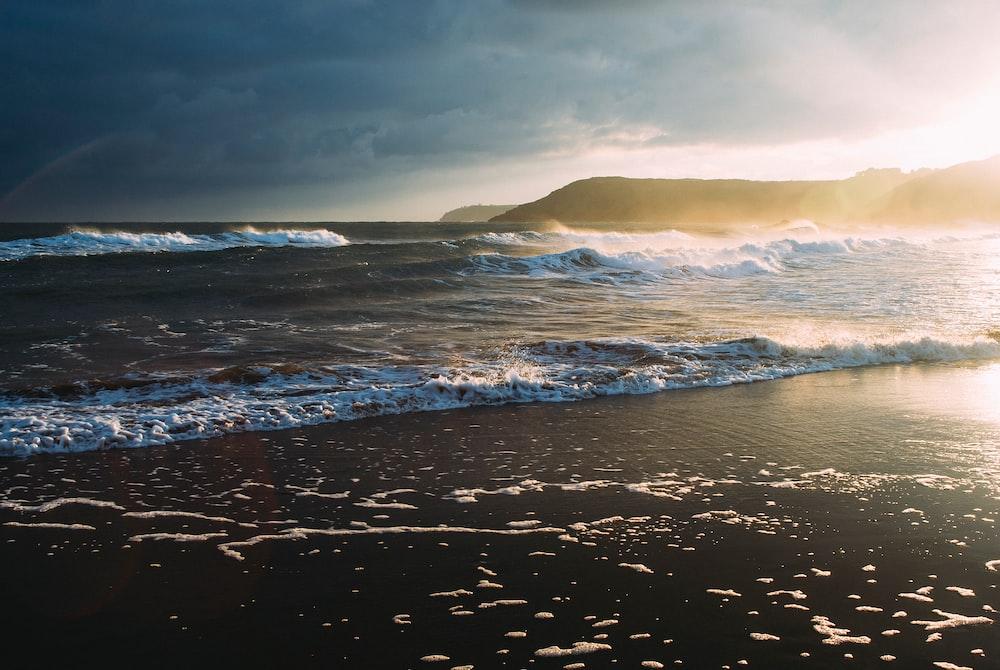 [Full HD] Ảnh nền biển cả siêu đẹp Photo-1426200830301-372615e4ac54?ixlib=rb-1.2