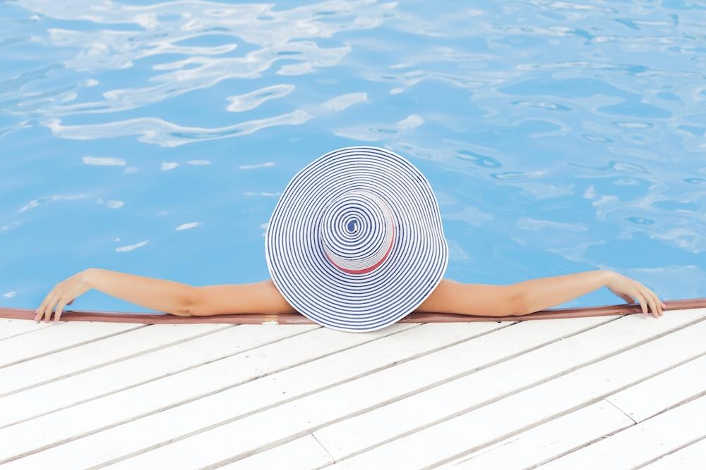 circlemagazine-circledna-self-care-tips-pool