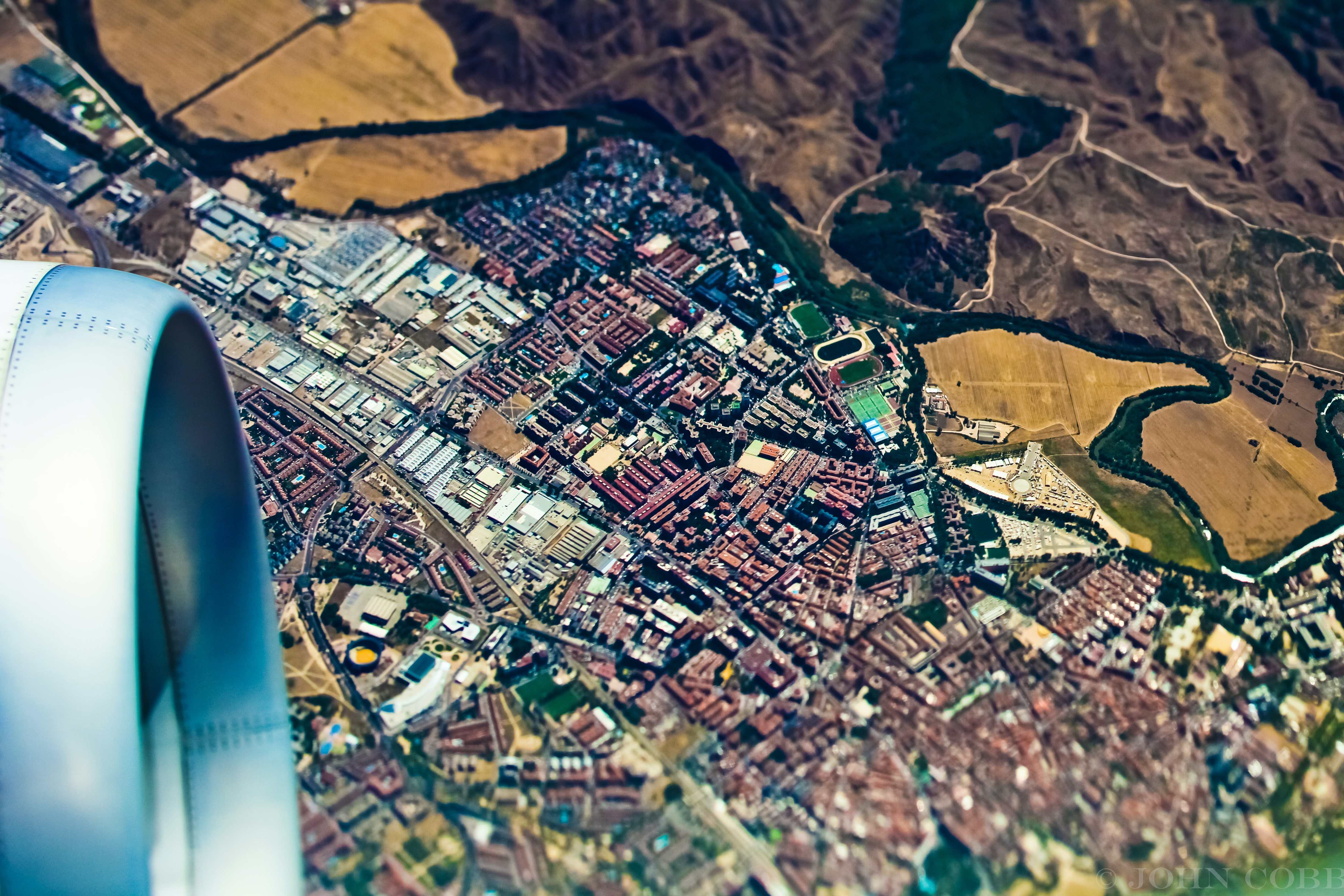 aerial photography of red roof houses at daytime