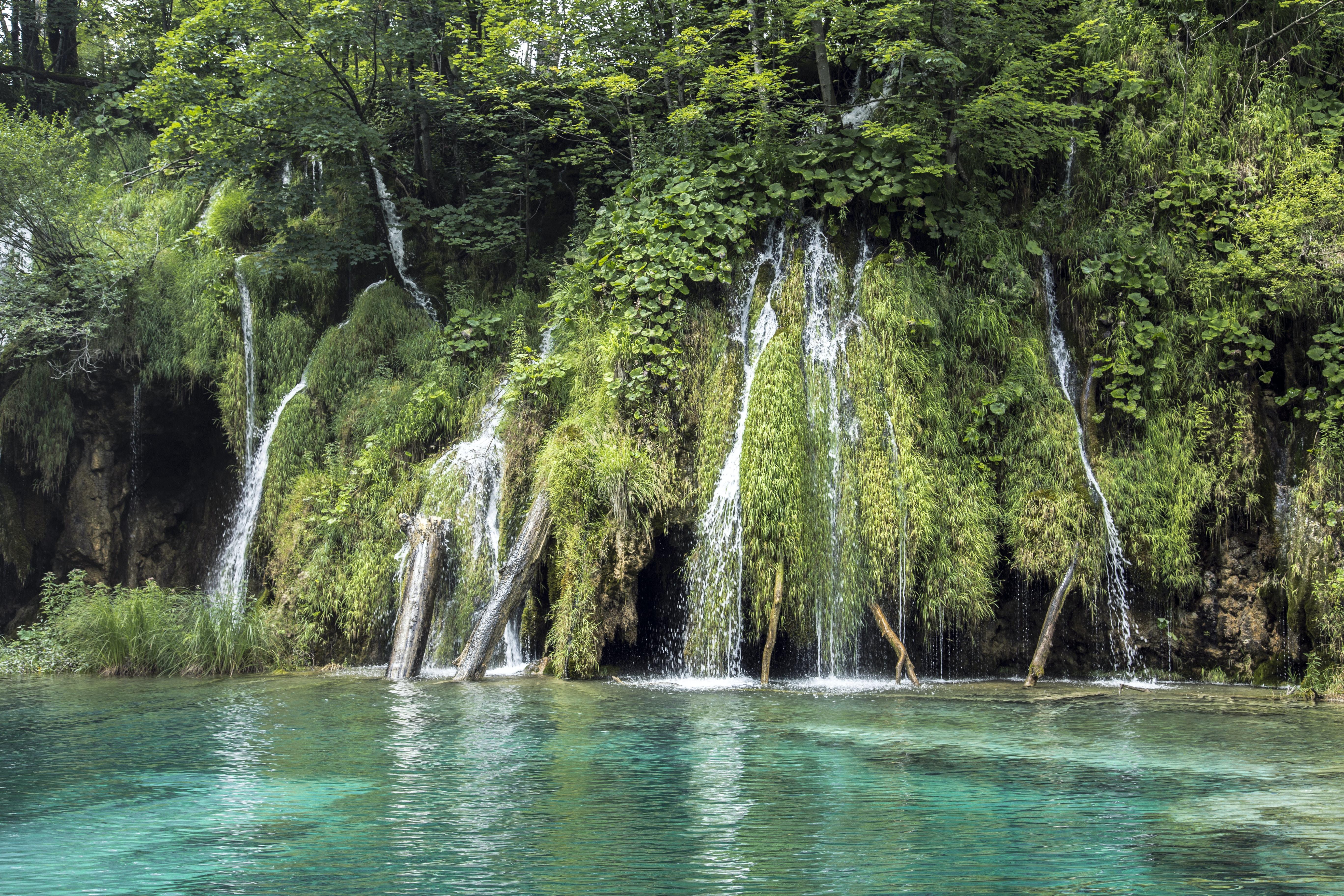 segmented waterfalls at daytime