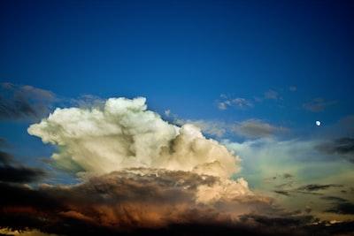 1907. Az ég