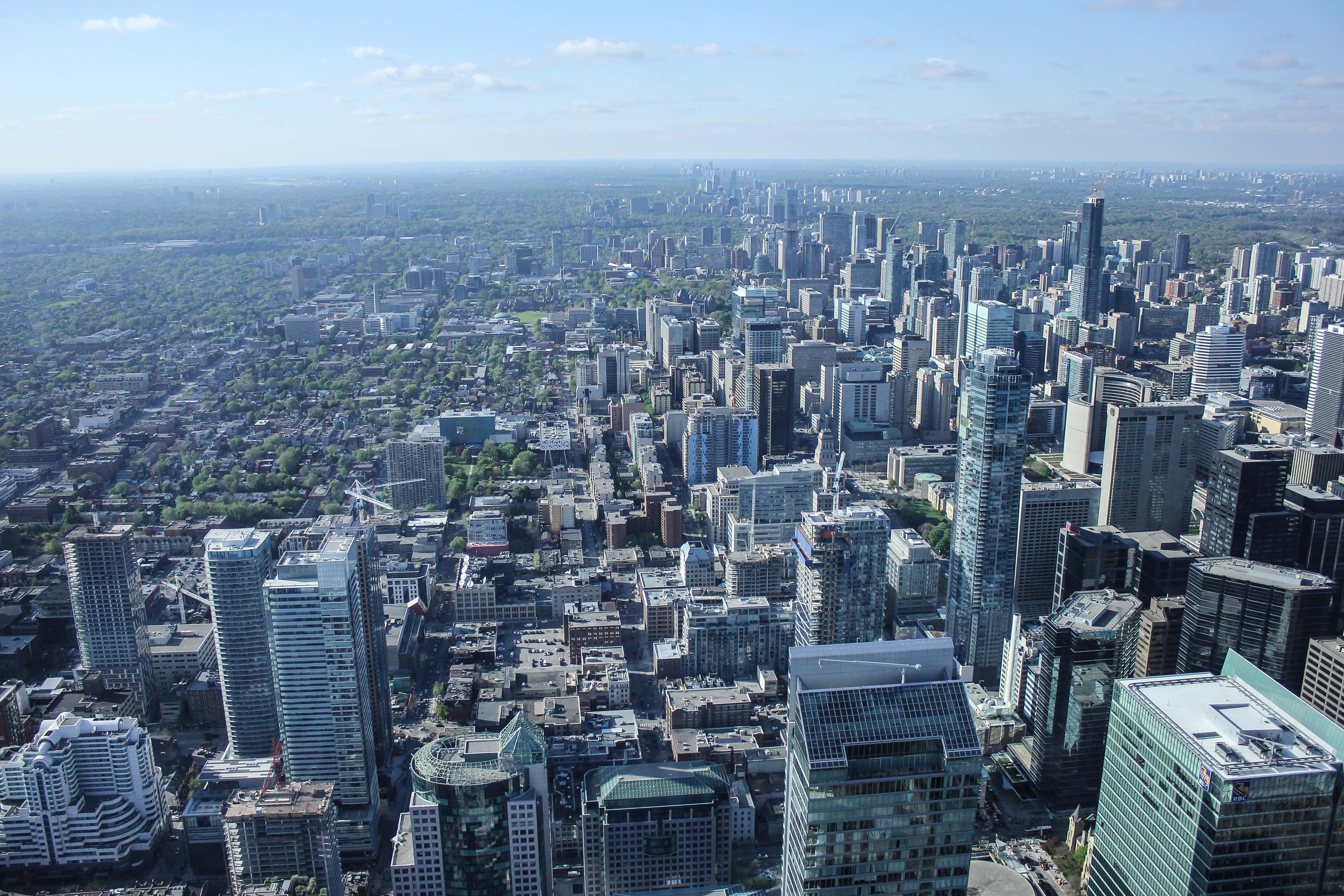 The skyline of Toronto seen from the observation deck of CN Tower
