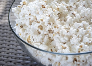 popcorn in clear glass bowl