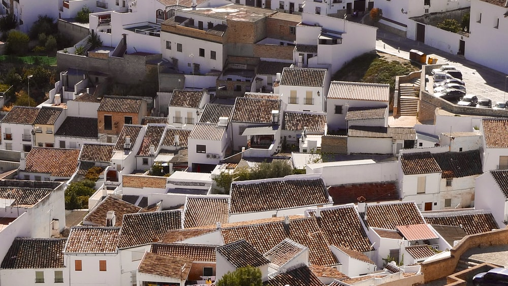bird's eye view photography of white houses