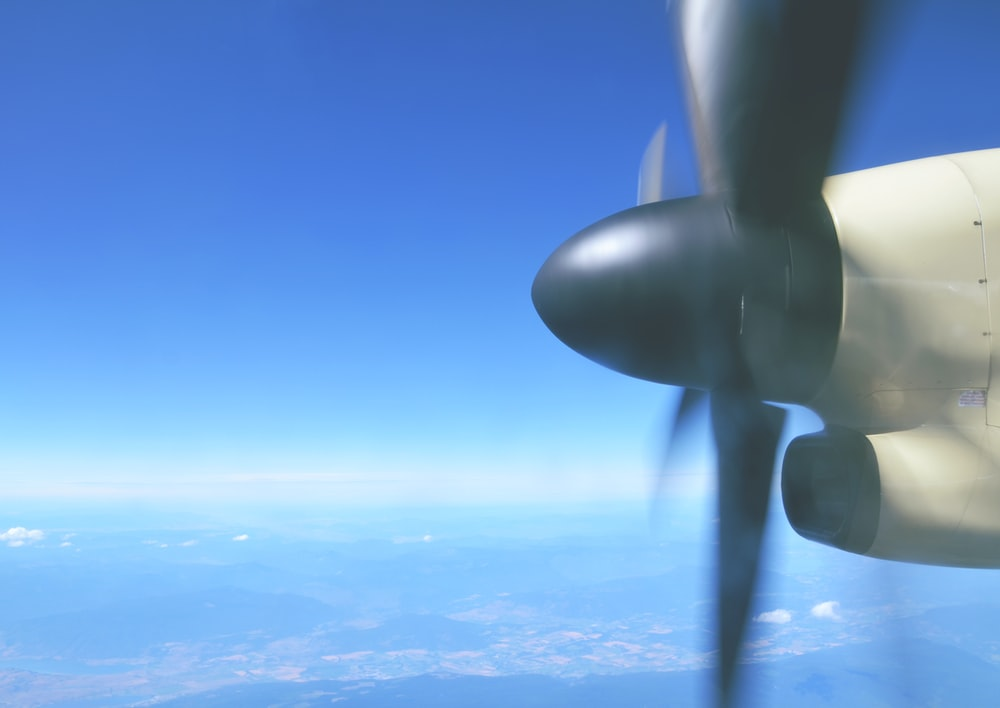 aerial photography of black and white propeller