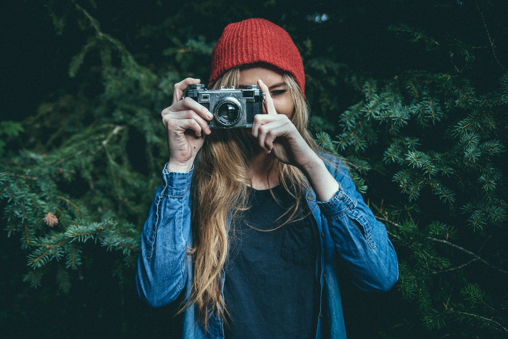 500 Girl With Camera Pictures Download Free Images On Unsplash