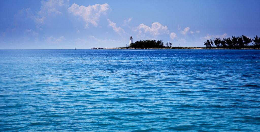 NY Bethel Budget with Bahamas Florida Cruise Combo