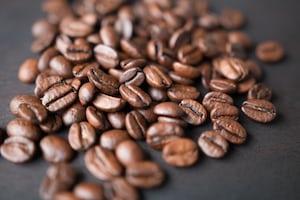 4165. Kávé