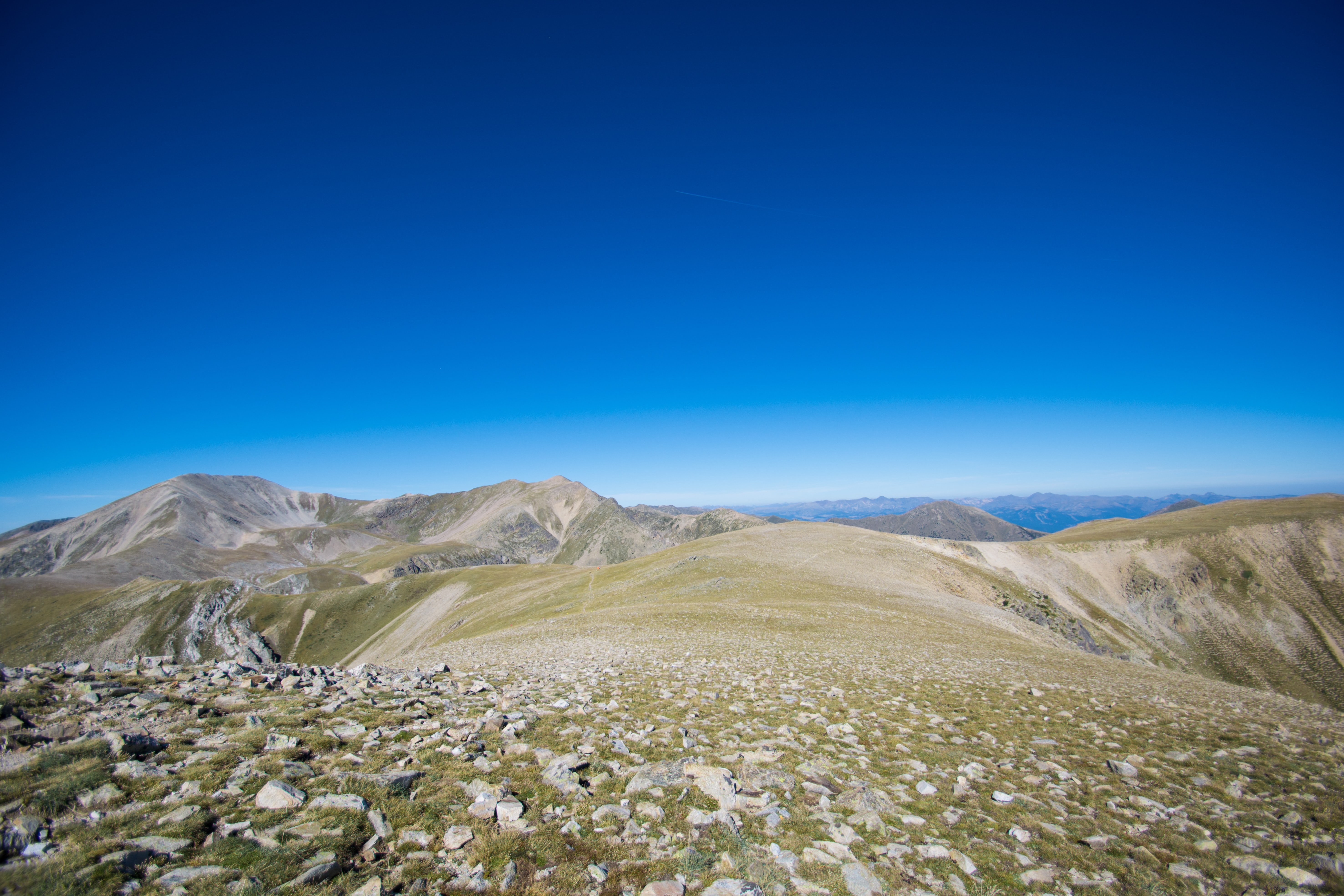 landscape photography of green and brown mountain