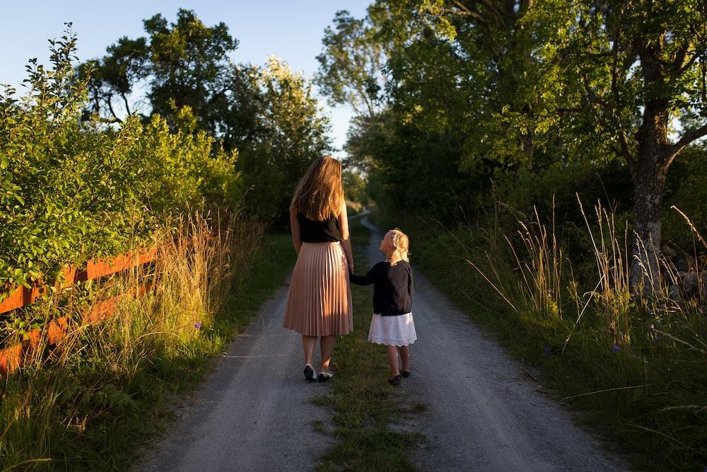 Être une belle-mère mais agir comme une mère