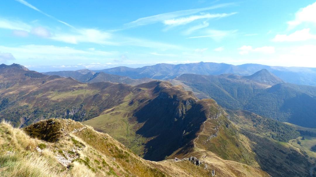 Long Mountain Ridge