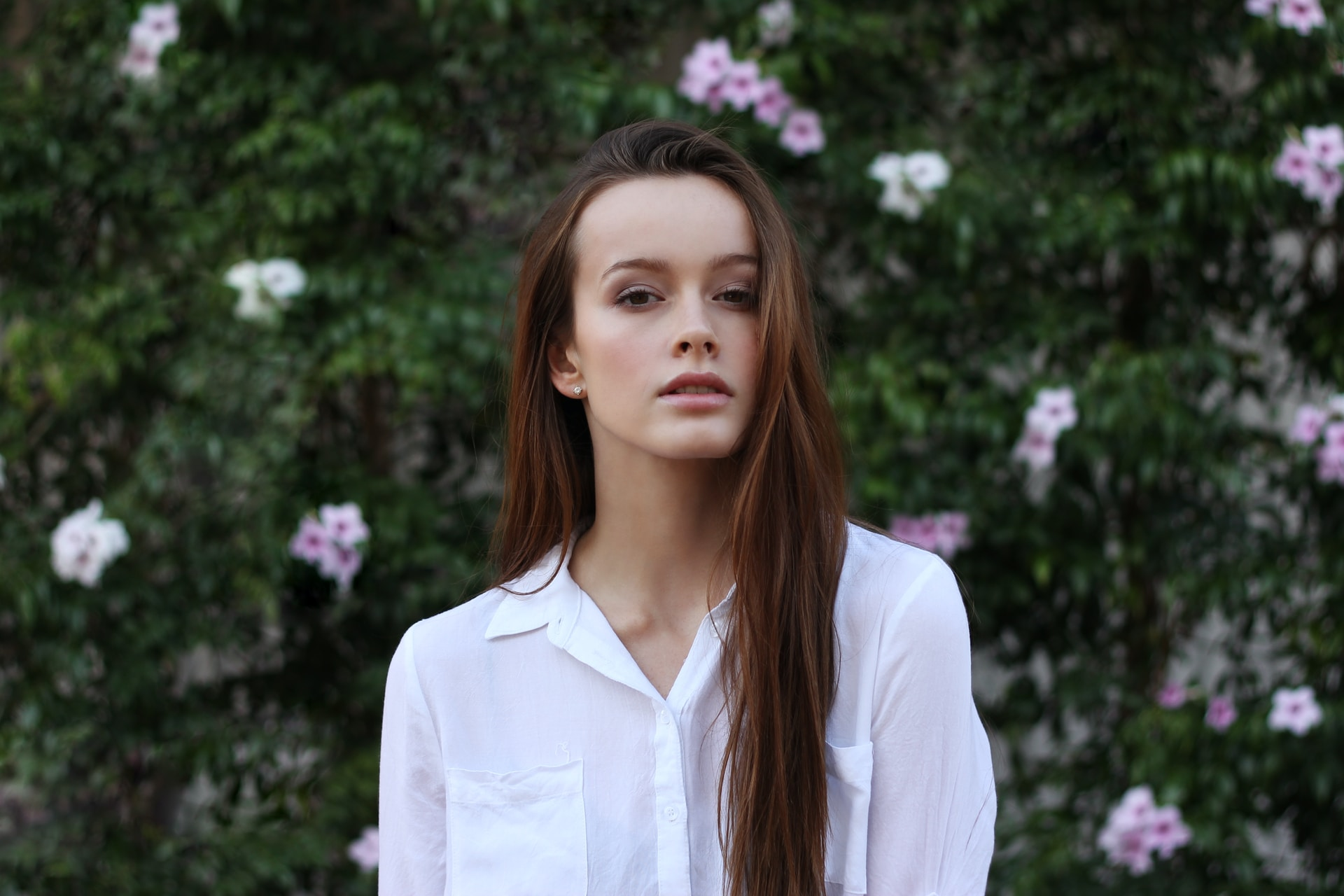 women's white dress shirt