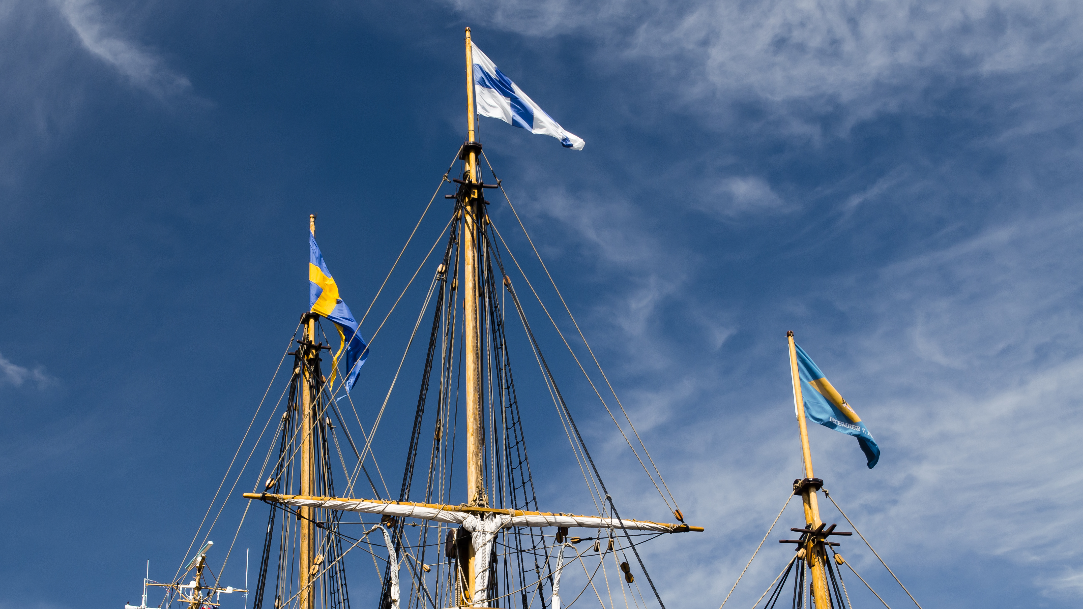 brown ship under blue sky