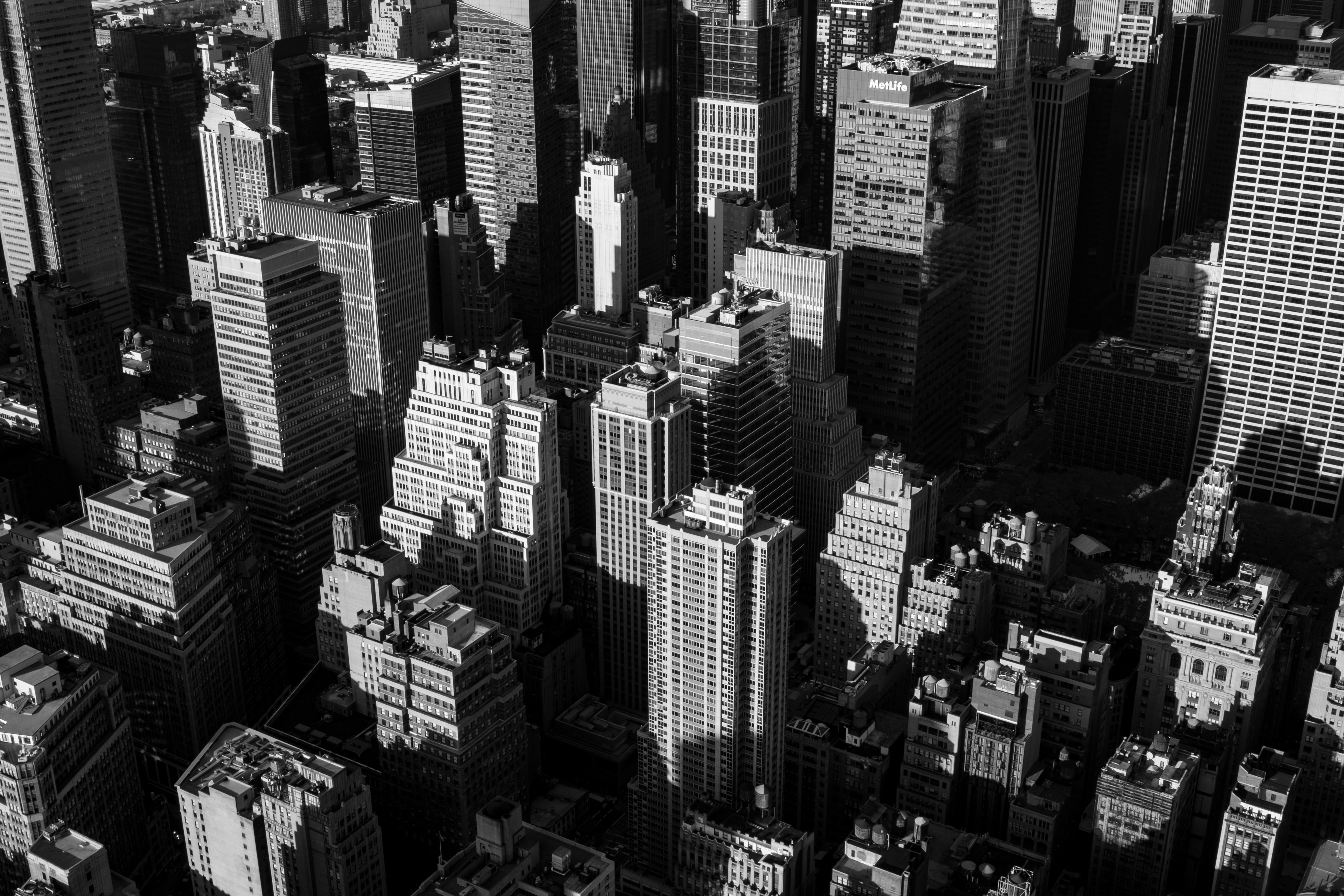 A black-and-white cityscape of New York