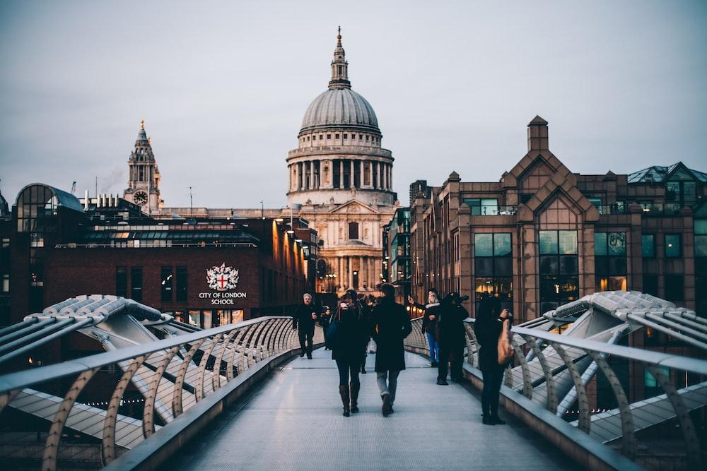 伦敦艺术大学,英国伦敦艺术大学,进伦敦艺术大学的要求