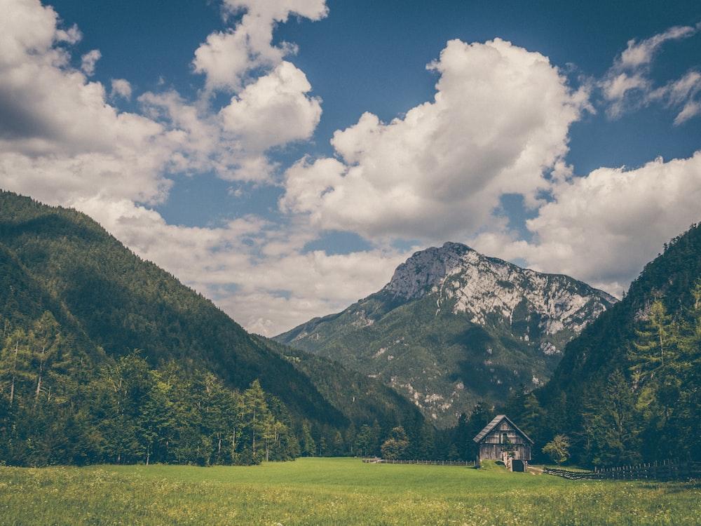 house near mountain
