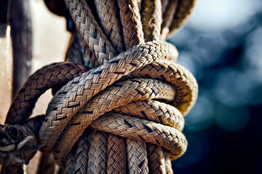 Thick rope knot