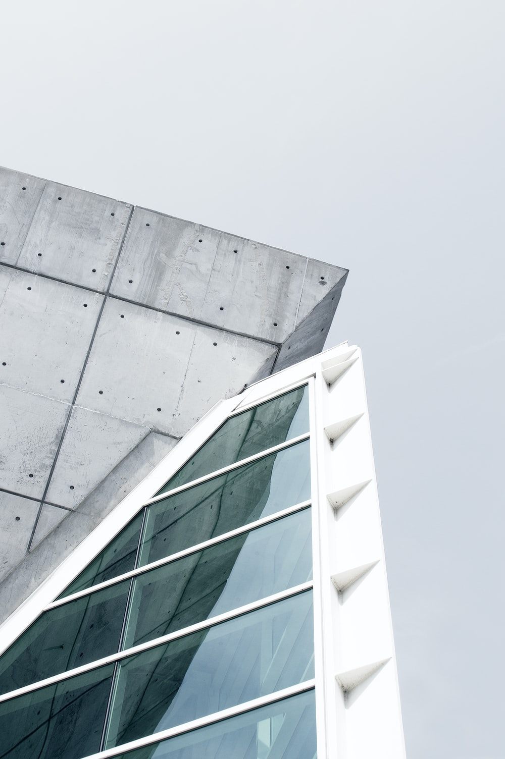 gray and white concrete building