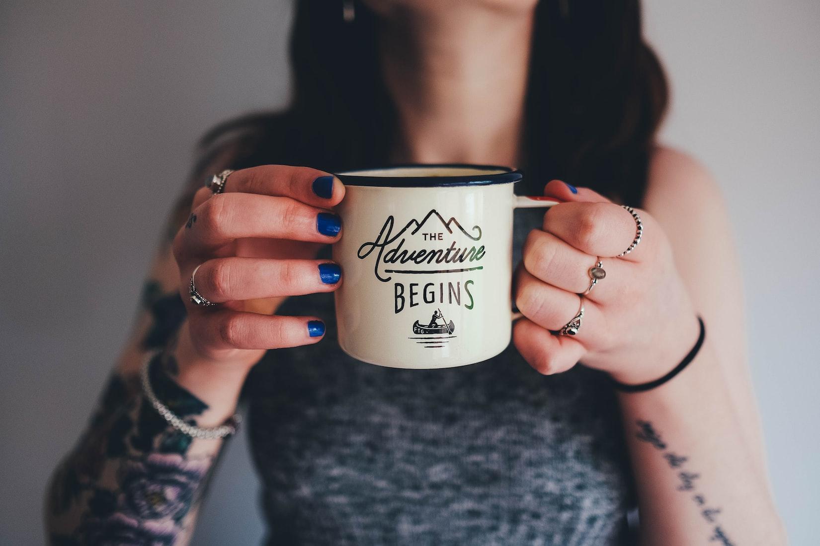 Comment gagner de l'argent avec son blog en 2021, Le guide 2021 pour les blogueurs, Blog, Blogging, Blogueur, Monétisation, Gagner de l'argent, Affiliation, Digital Nomad, Community Manager, Social Media Manager, Devenir Digital Nomad, Gagner de l'argent en ligne, Gagner argent Blog