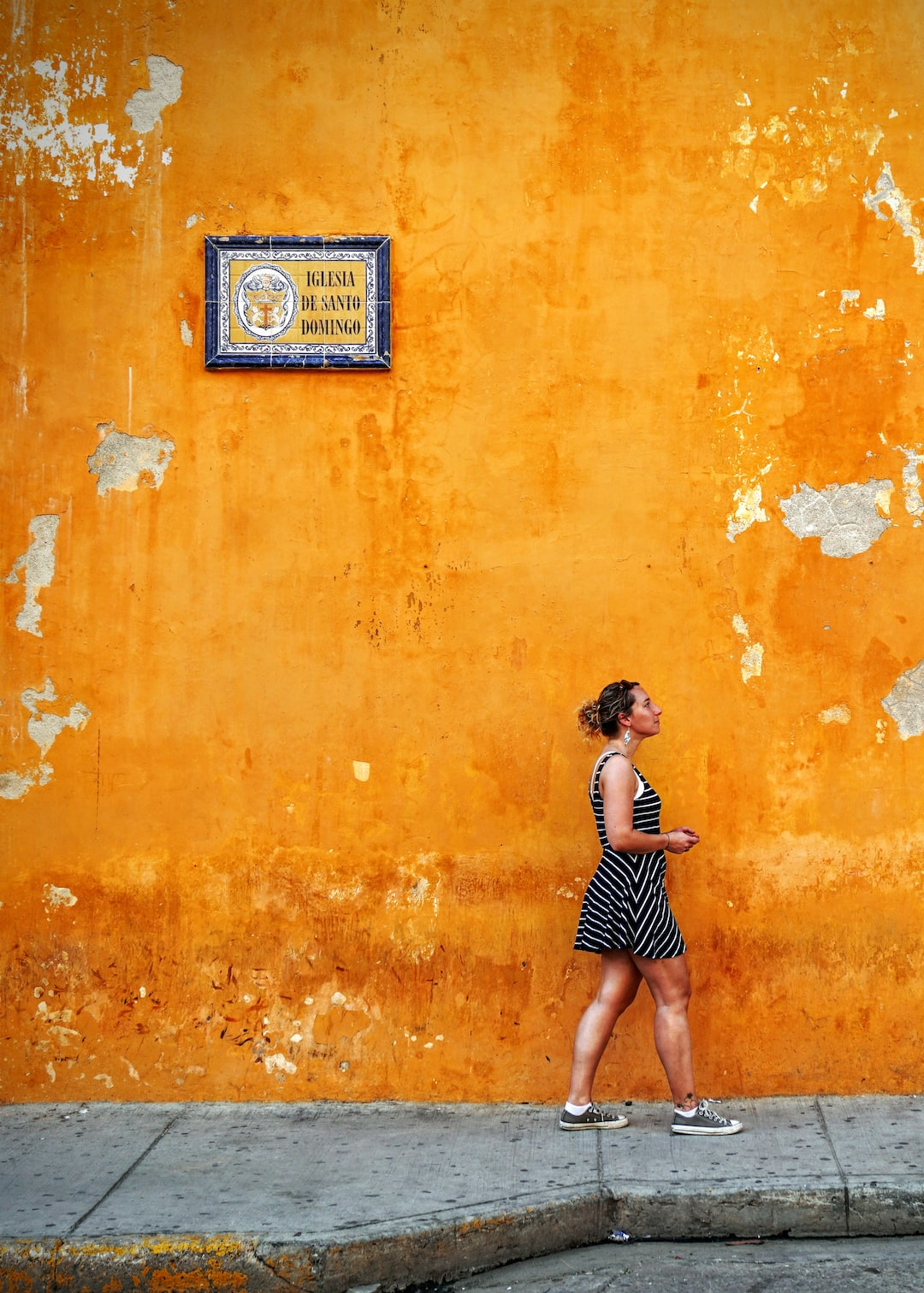 Woman, orange, sign and sidewalk HD photo by Maarten van ...
