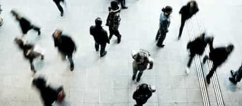 לנוע בגמישות מבדידות – לשייכות ולאינטימיות